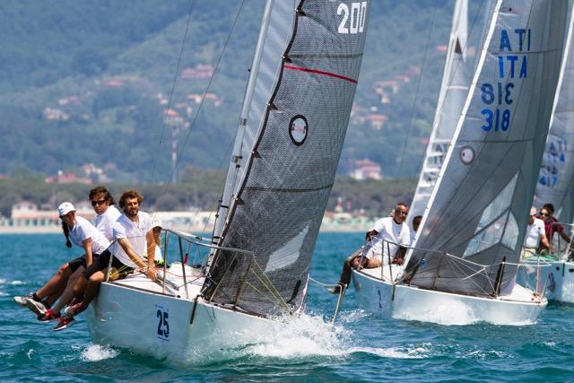 il-j24-ita-200-take-it-easy-al-campionato-nazionale-a-carrara